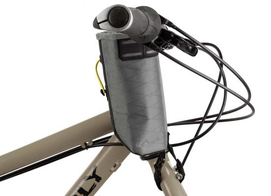 Close-up of the Food Pouch large version on the stem of a bike in a side angle