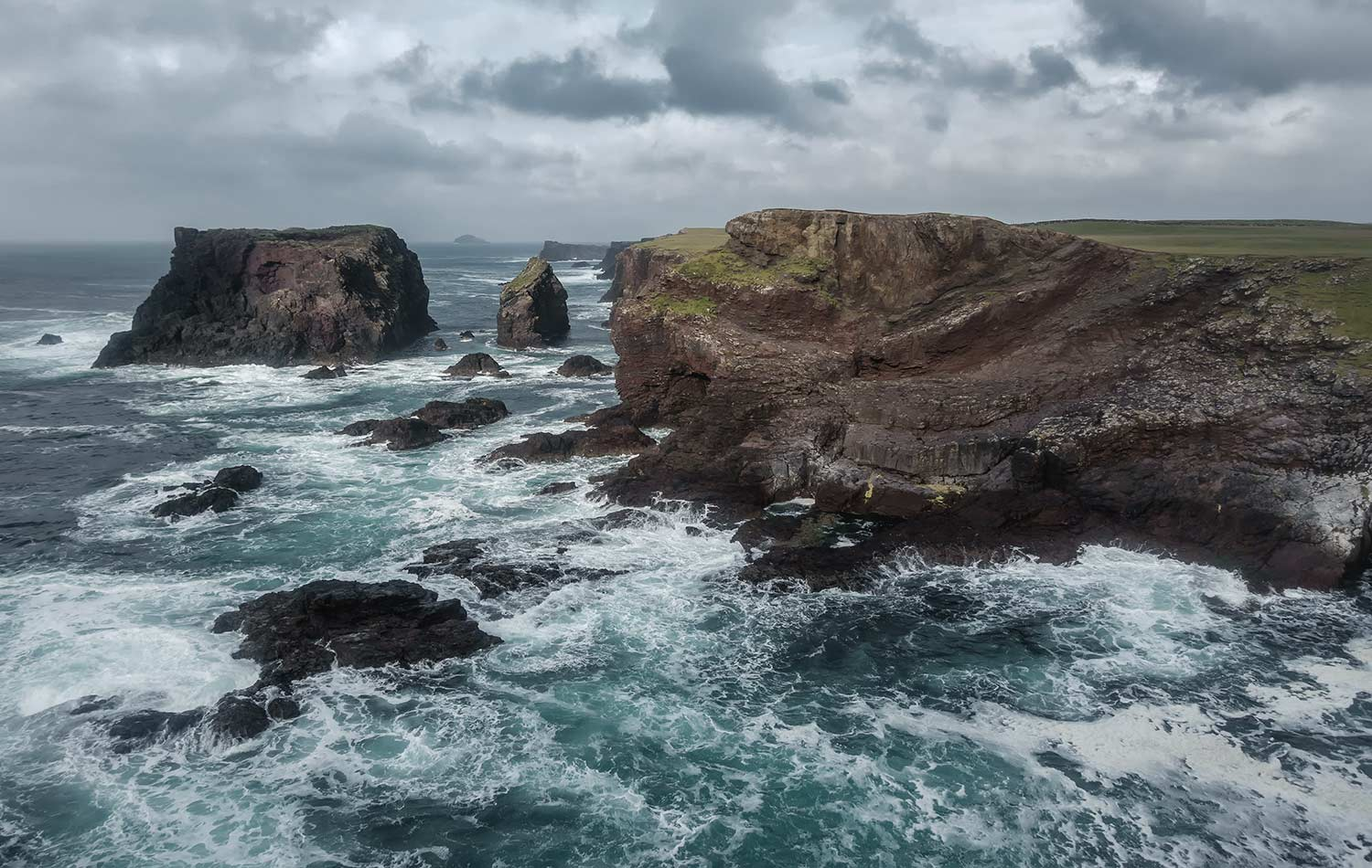 discover scotland by bike and their cliffs