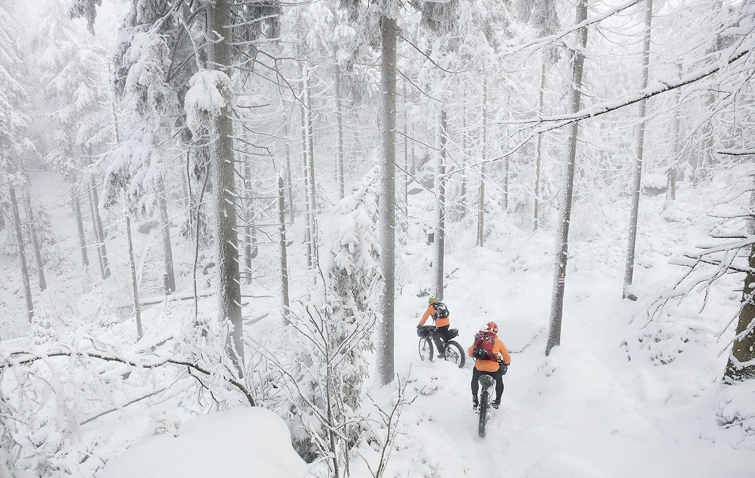 tips for pack your hardware on bike during a winter trip
