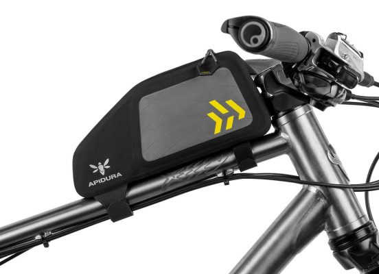 Close-up of the mtb Top Tube bag on the frame of a bike