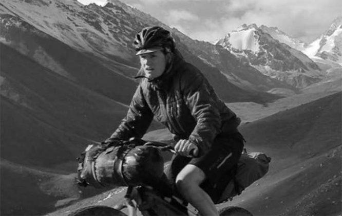 Harriet Pike. Where to start in Bikepacking   Apidura