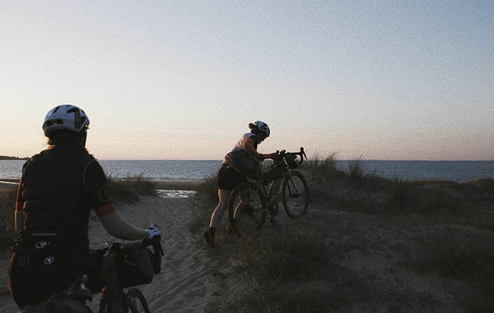 The adventure syndicate on a bikepacking trip | Apidura