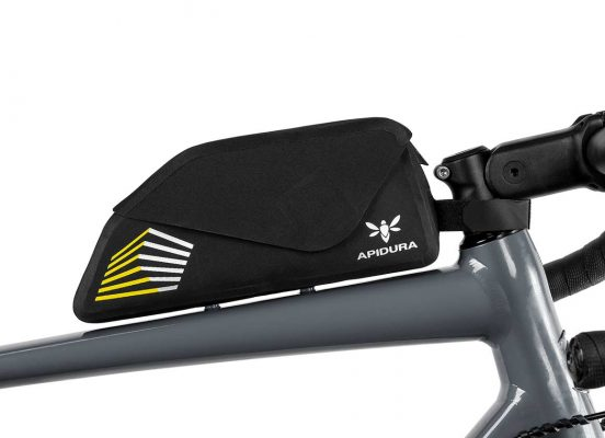A close-up of the Apidura Bolt on Top Tube bag on a frame bike