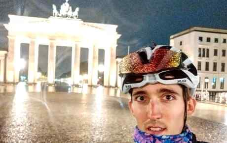 Job in front of the Brandenburg gate at the end of his Parallels ride