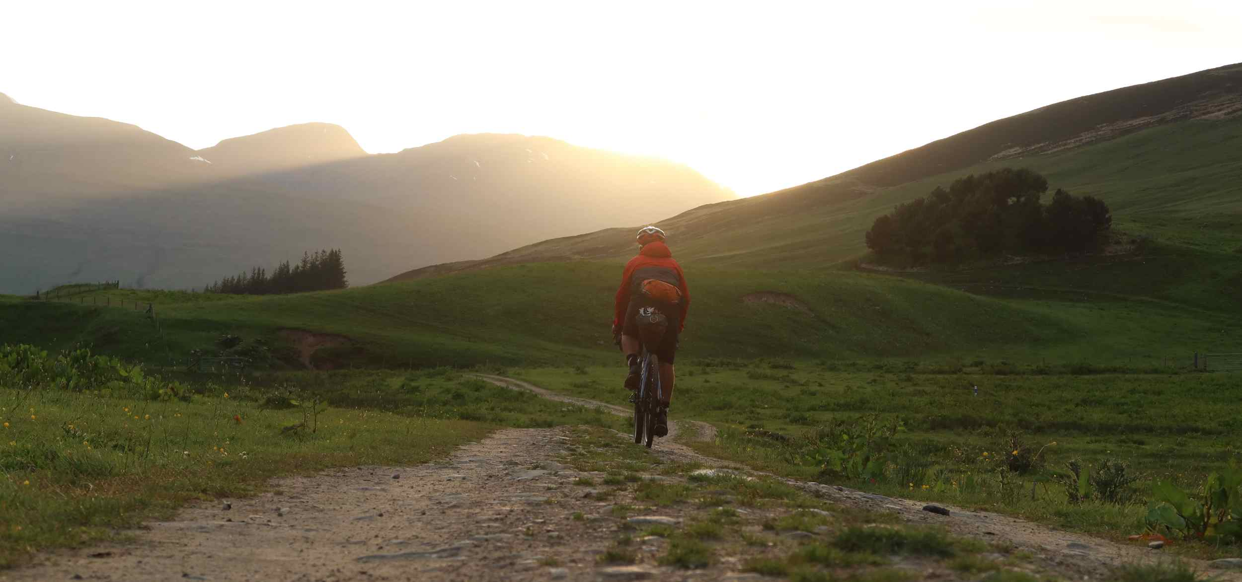 Markus Stitz riding the Drovers Trail at sunset
